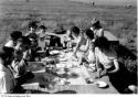 1951-family-picnic-hart